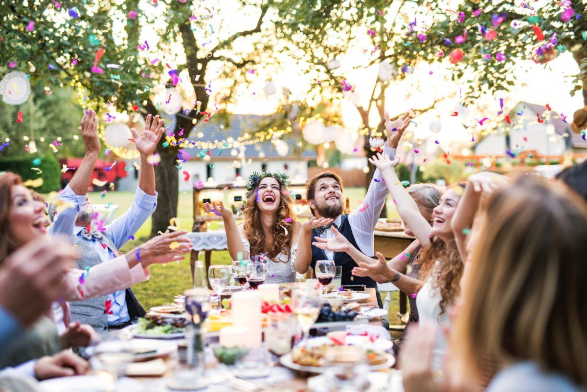 cheap-wedding-reception-food-drink-menu-1200x802-1.jpg